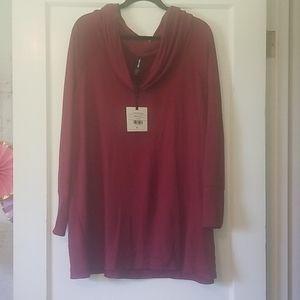 NWT Agnes & Dora XL burgundy Convertible Tunic